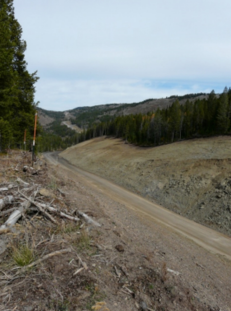 Example – Smoky Canyon haul road across ridges with deep cut Fall, 2016